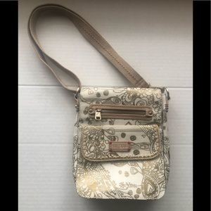 NEW Sakroots Flap Messenger Cross Body Purse